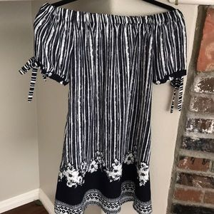 Xhilaration navy & white off shoulder tunic dress